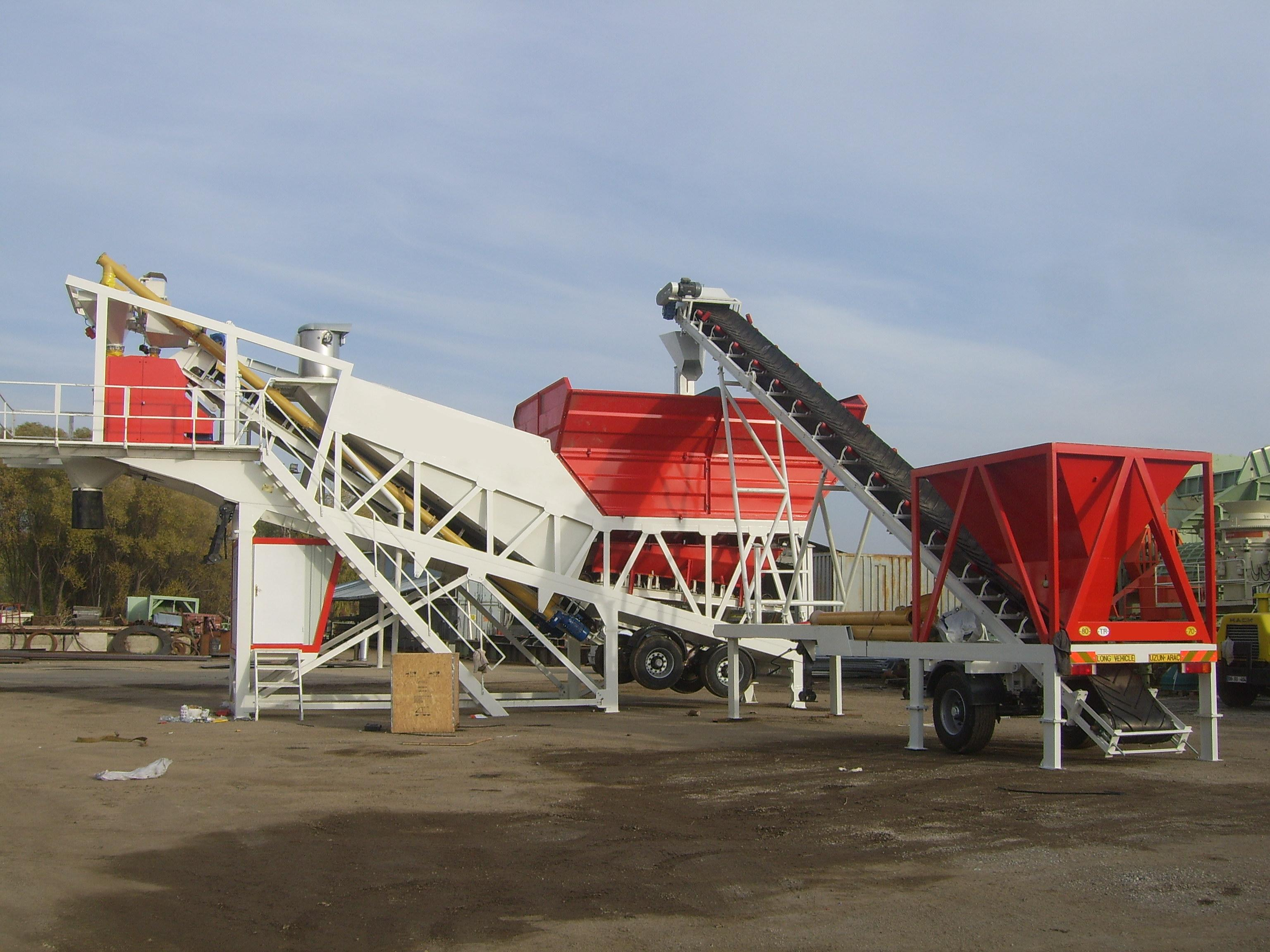Tecwill Cobra C120 mobile concrete batching plant to the